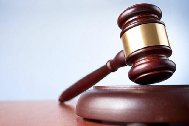 Empresa paga verbas e multa por assédio